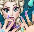 Elsa pintar unhas