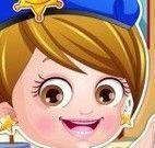 Bebê Hazel roupas de polícia