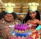 Moana fazer bolo