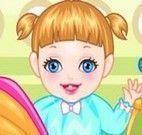 Alice bebê no banho