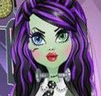 Arrumar o cabelo de Frankie Monster High