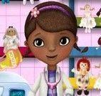Lavar bonecas com Doutora Brinquedos