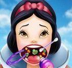 Branca de Neve médico da garganta