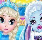 Elsa e Abbey bebê