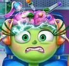 Disgust cirurgia da cabeça