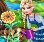 Elsa e filha no jardim