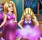 Barbie e Rapunzel grávidas arrumar roupas