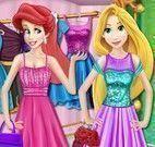 Ariel e Rapunzel no shopping