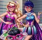 Super Barbie e Miraculous detetive