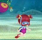 Bebê no fundo do mar