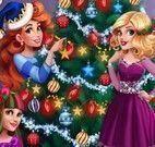 Meninas decorar árvore de natal