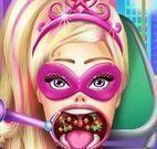 Super Barbie cuidar da garganta inflamada