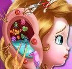 Cuidar do ouvido da Princesa Sofia