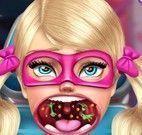 Super Barbie cuidar da garganta