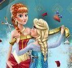 Elsa costurar vestido da Anna