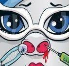 Monster High bebê tratar nariz