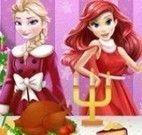 Ariel e Elsa decorar mesa de jantar