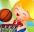 Crianças no basquete