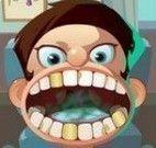 Garoto no dentista