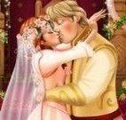 Frozen Anna beijar namorado