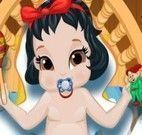 Cuidar da Branca de Neve bebê