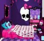 Novo quarto das Monster High
