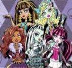 Achar estrelas com as Monster High