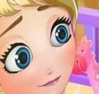 Brincar com Elsa bebê