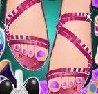 Spa dos pés e pintar unhas