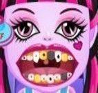 Draculaura bebê no dentista