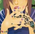 Tatoo manicure
